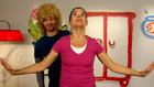 Vorschaubild 'Anke Lepanke zaubert Denis eine Perücke'