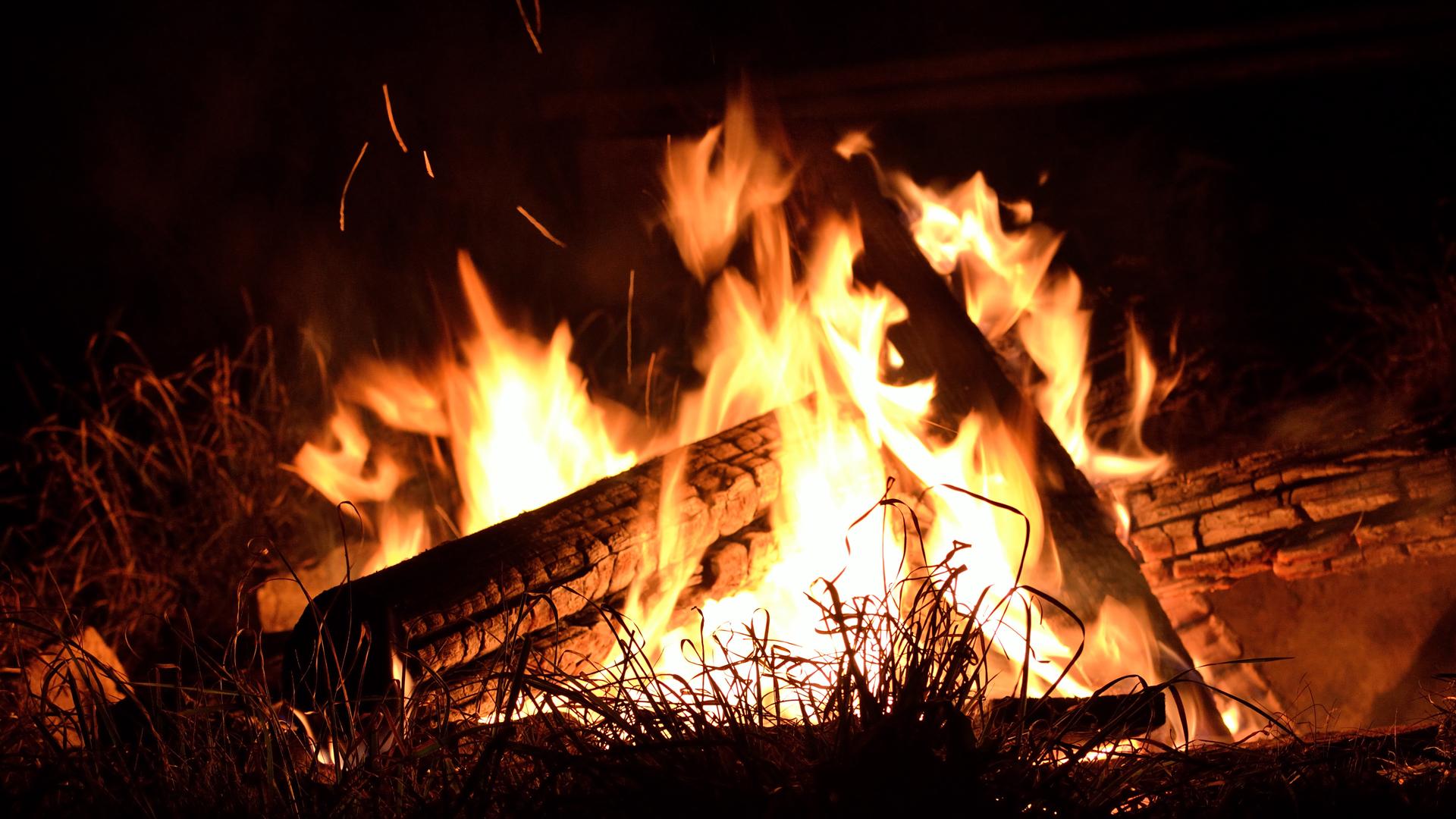 stimmungsvolles Lagerfeuer