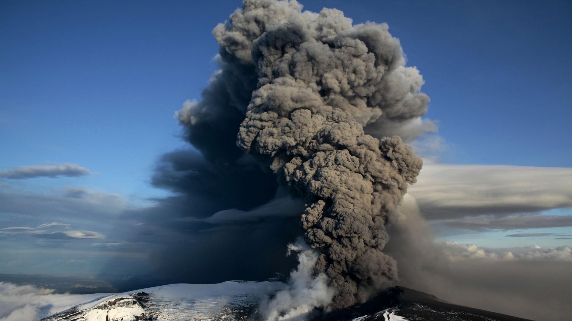 Ausbruch des isländischen Vulkans Eyjafjallajökull, Aschewolke